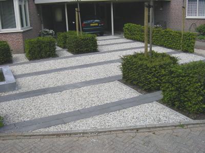 De amaranth for Ontwerp voortuin met parkeerplaats